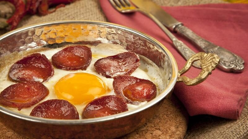 Sucuklu Yumurta Nasıl Yapılır?
